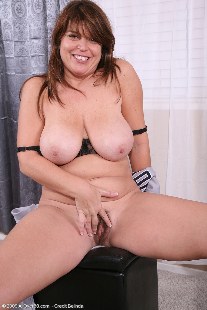 Mature nude brunettes tgp