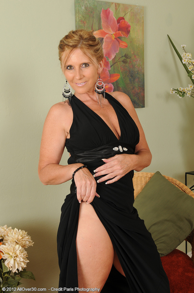 Top mature models mature pictures full length movies allover