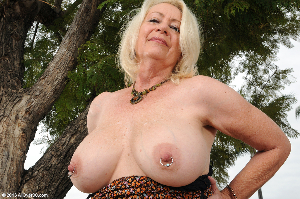 Angelique 60 year old milf apologise, but