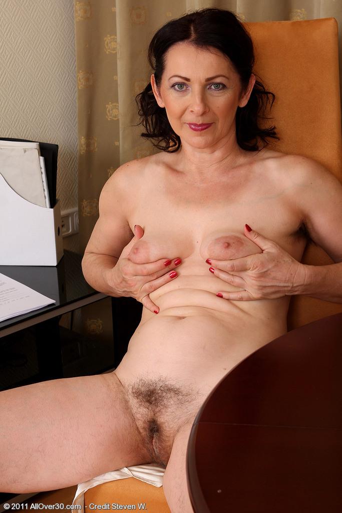 amatuer anna mature nude naked sex
