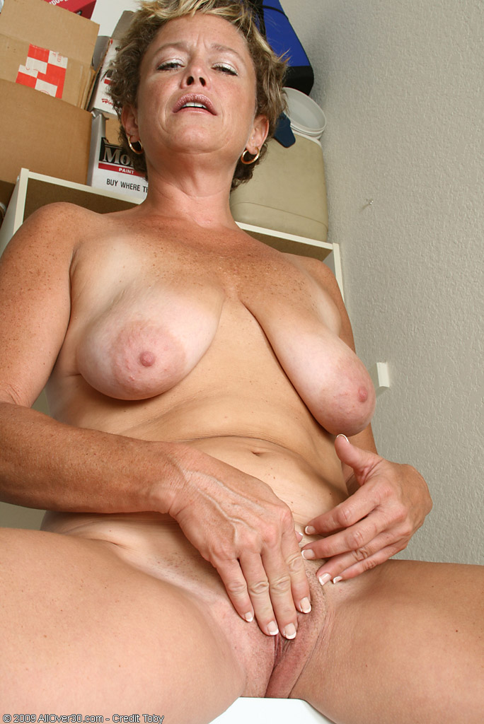 42 year old soccer mom with big tits fucks a dildo 3