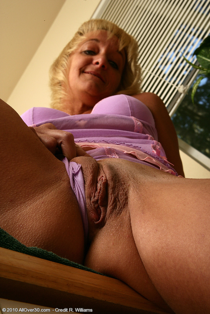 hot military girl nude