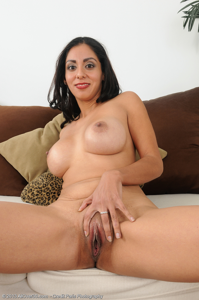 Ebony gallery milf