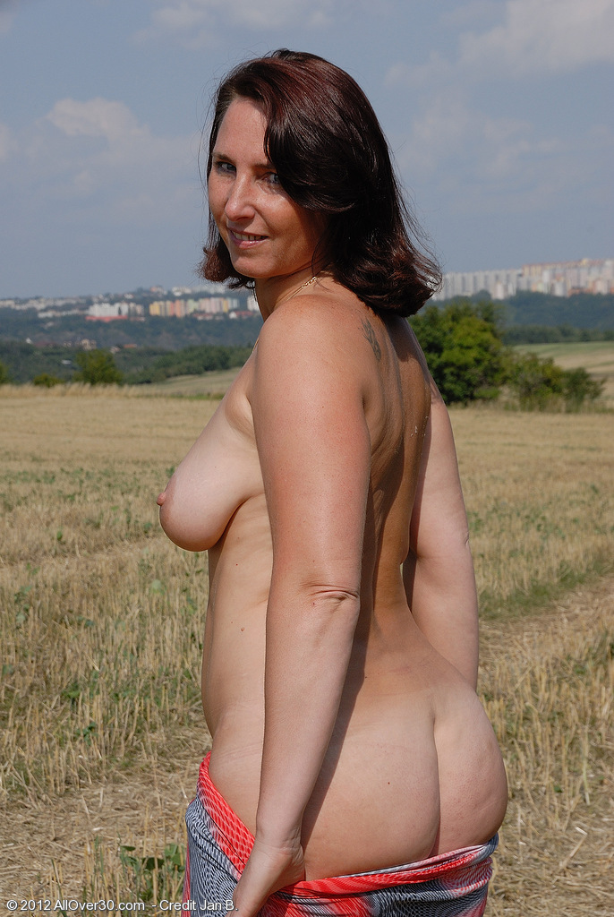 996 TOP MATURE MODELS - 1,525,436 MATURE PICTURES - 4818 FULL LENGTH ...