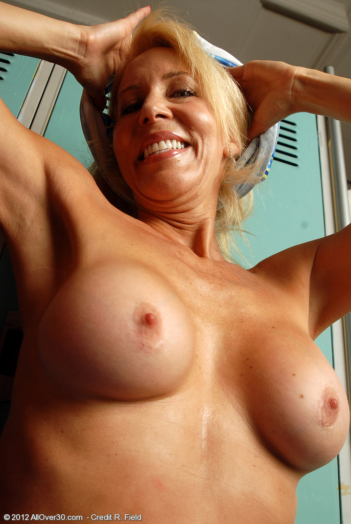 Free Naked Mature Tubes And Hot Mature Fuck Videos