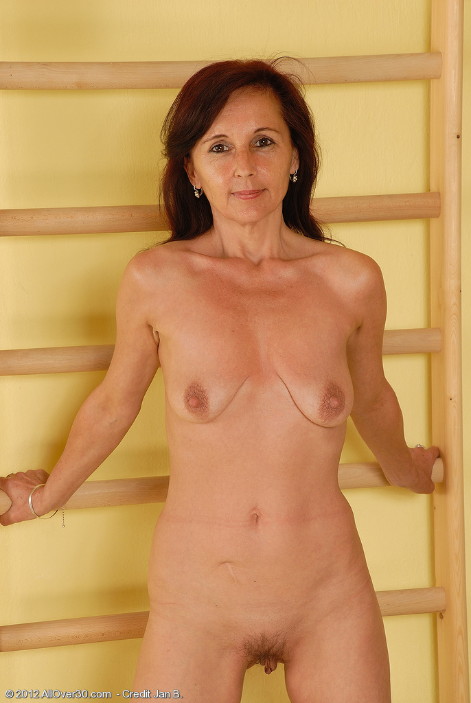 Mature jenny yo in assfuck with young guy 10