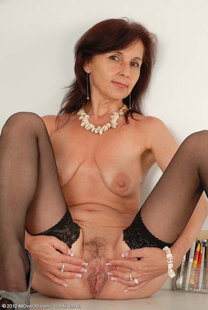 featuring 46 year old jenny h from esk brod czech repulic in high