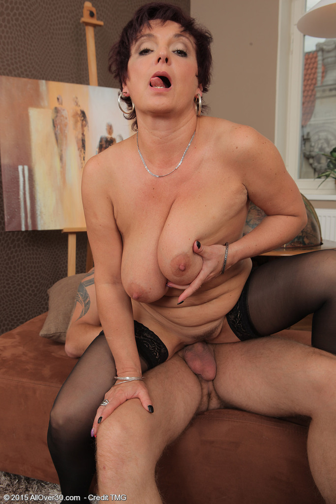 Mature sex with jessica