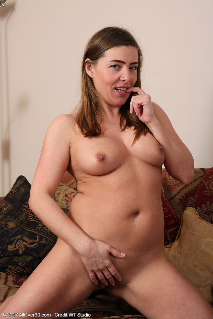 mature women wanted in essex uk