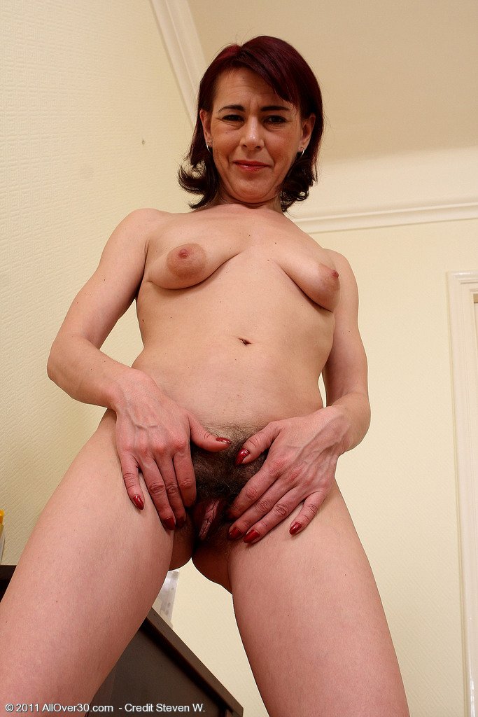 kate from olderwomen nude forum