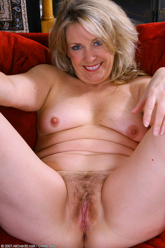 30 50 free gallery mature
