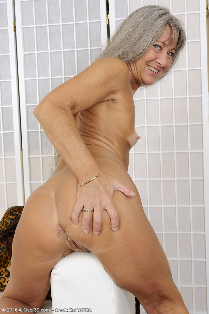 Mature lady leilani lei fucks like a pro - 3 2