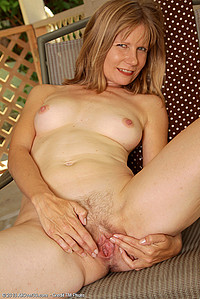 sql year old MILF Lexa Mayfair