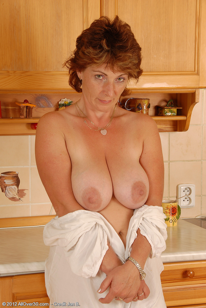 The Housewife milf mpegs