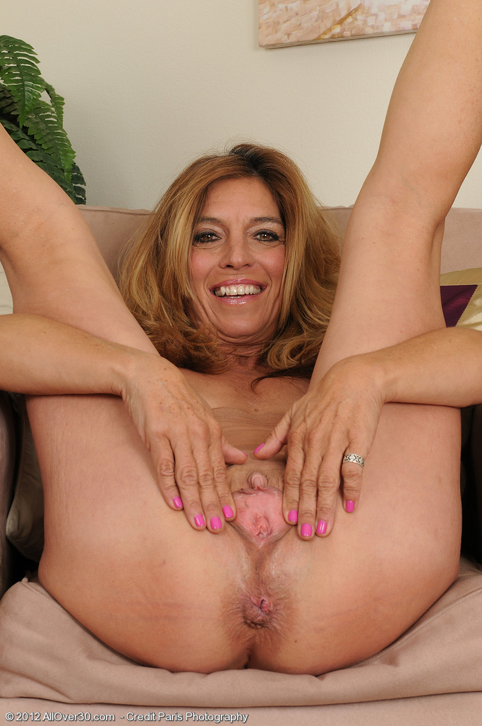 free mature milfs videos