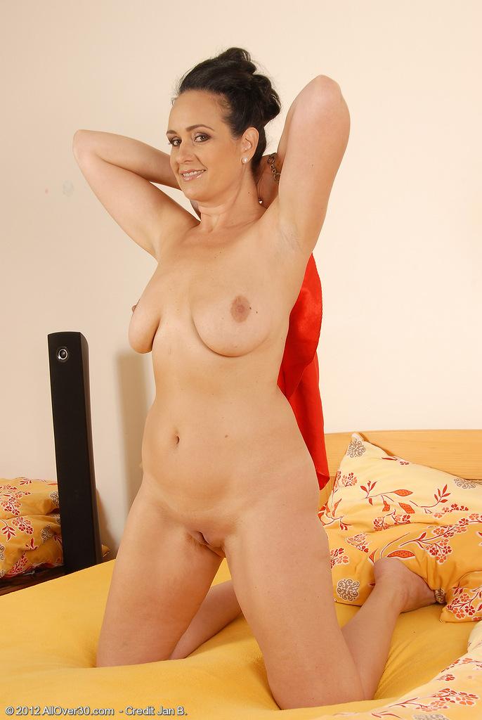 44 year old big tits cougar takes facial 4