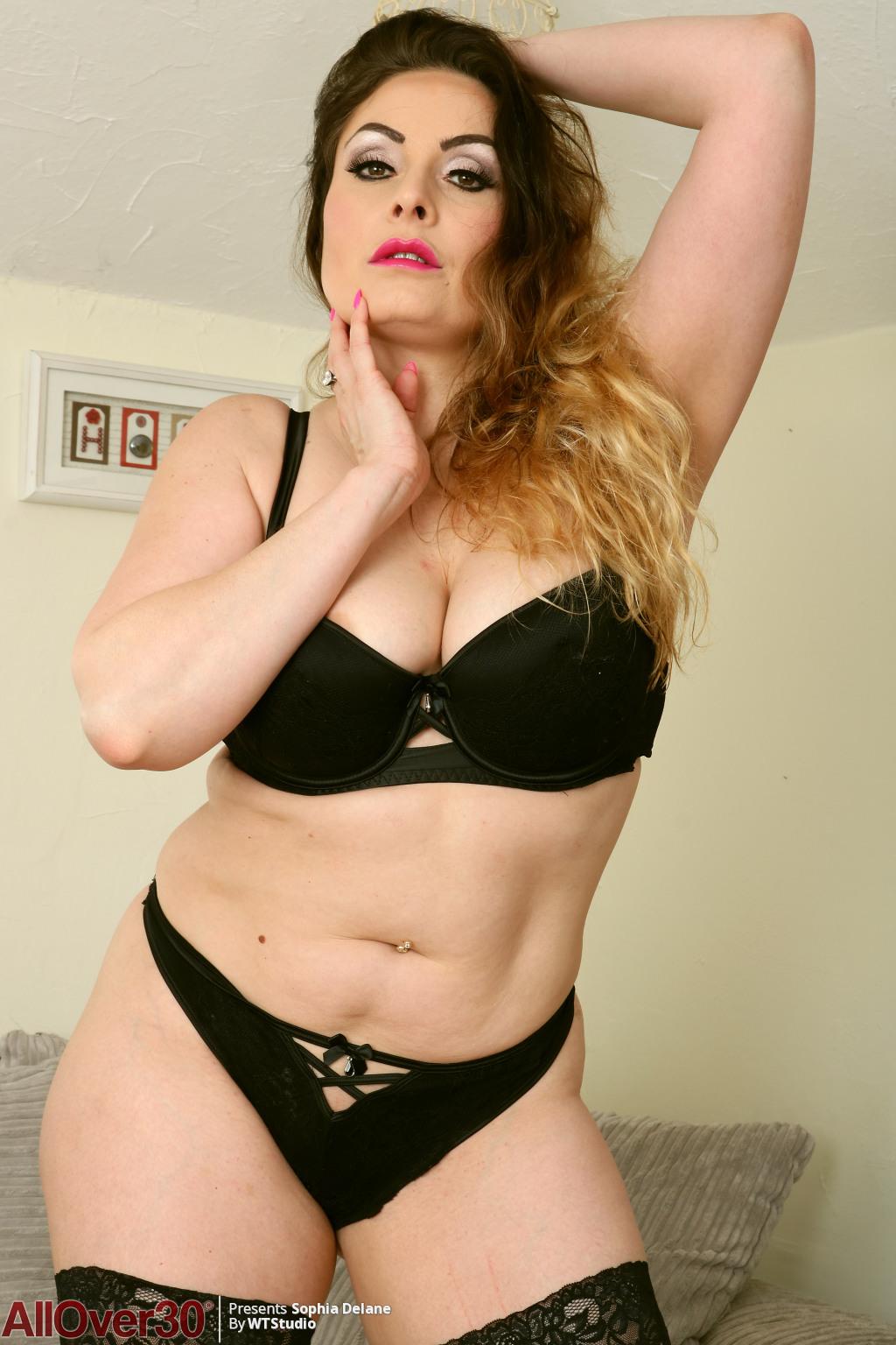 sophia Porn delane star