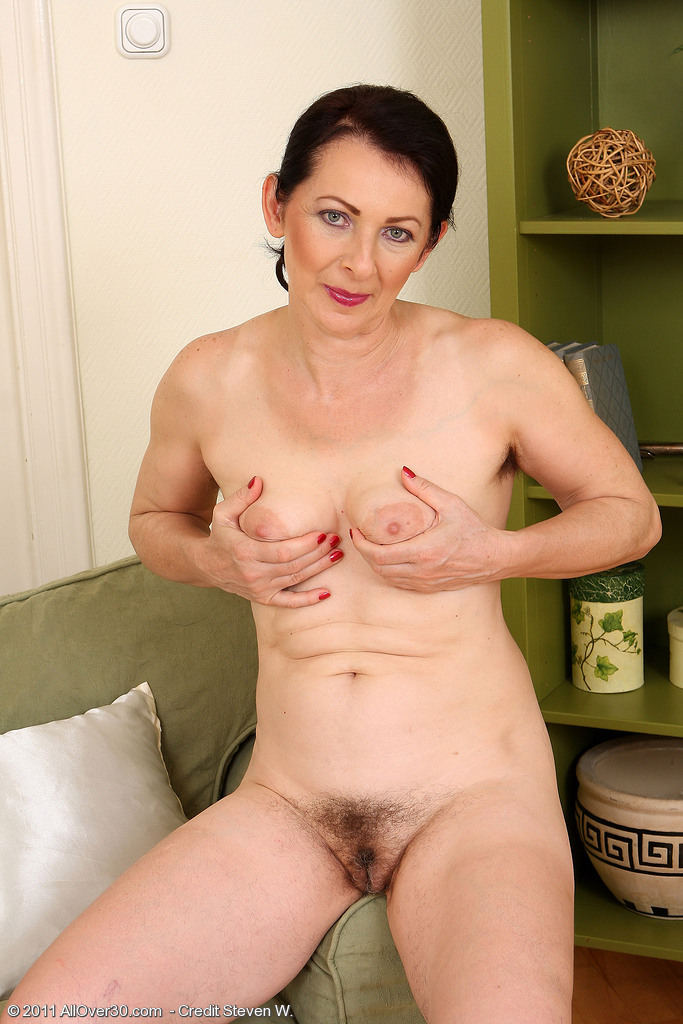 50 year old woman pussy