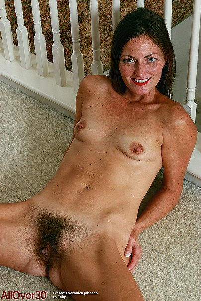 Nude Mature Hairy Ladies