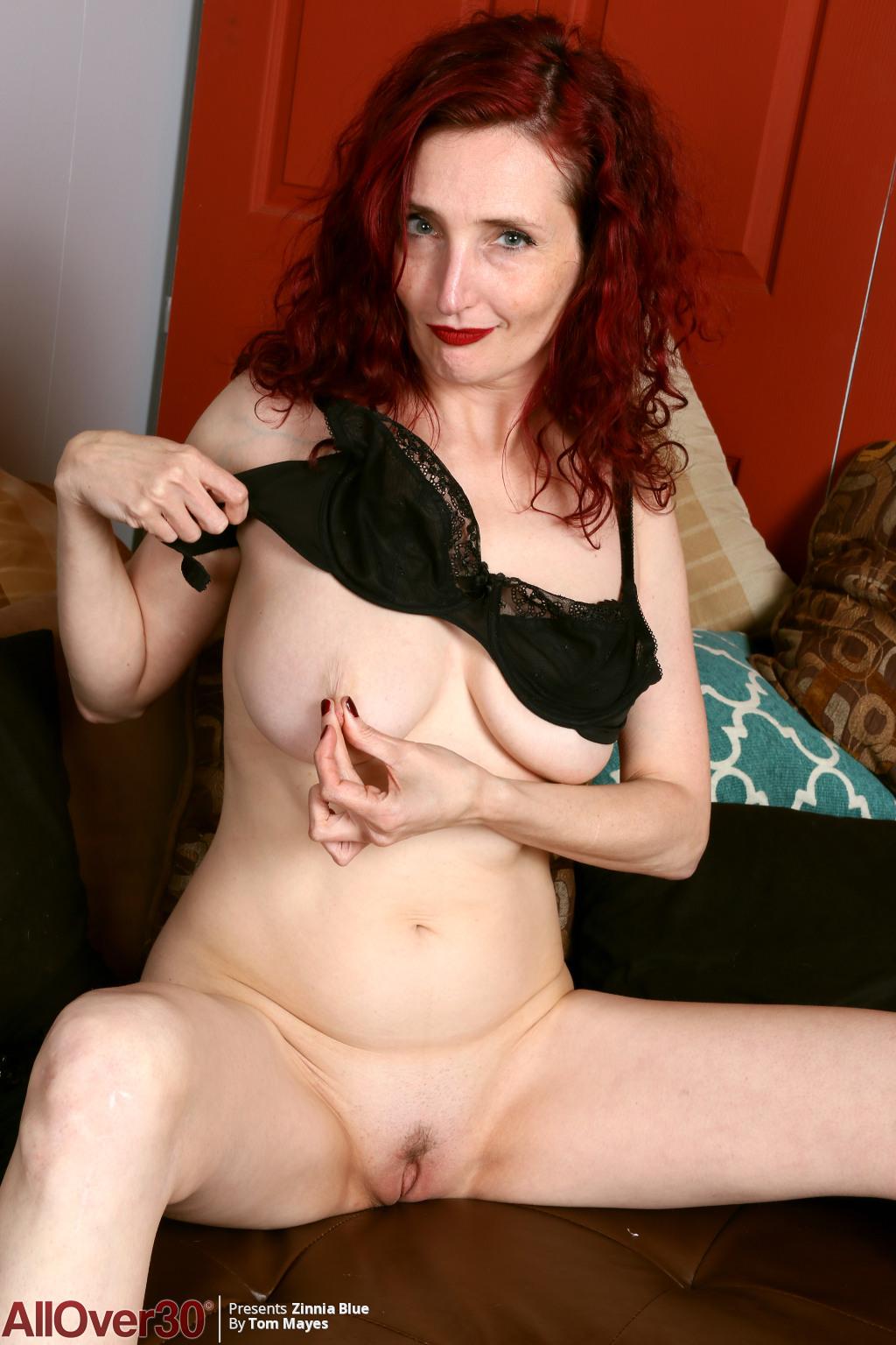 Allover30Freecom- Hot Older Women - 43 Year Old Zinnia -4199